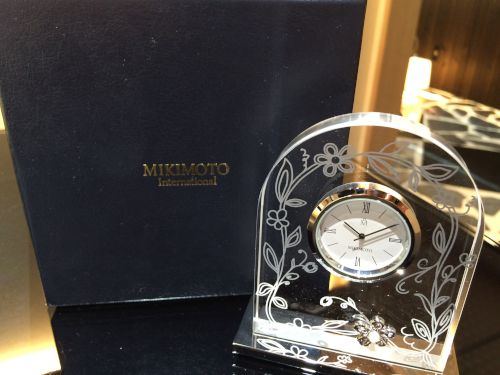 MIKIMOTO 置き時計 クリスタル 白文字盤